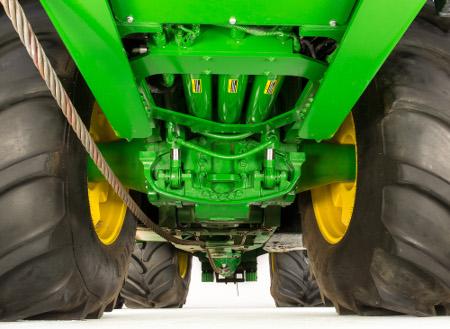 Tracteur 640 6R équipé de la suspension HydraCushion