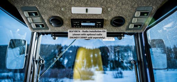 Trousse d'installation de radioBLV10674 illustrée sur la cabine2025R