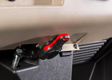 Télécommande de treuil sans fil montée sur le modèleXUV835