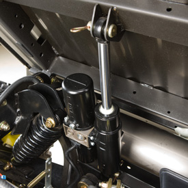 Dispositif de relevage électromécanique de la caisse de chargement