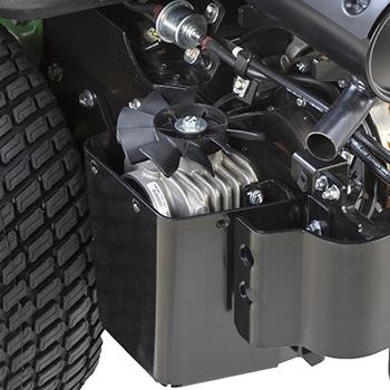 Winkelgetriebe mit Kühlrippen und -lüfter