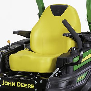 Sitz und Fahrerplattform
