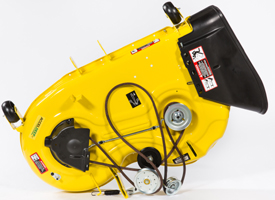 Oberseite des 107 cm (42 Zoll) Accel Deep-Mähwerks (Mähwerk der Rasentraktoren der Serie X300 abgebildet)