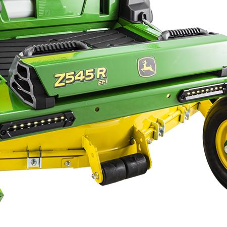 Z545R mit 122 cm breitem Mähwerk