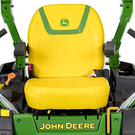 Komfortabler Sitz mit verstellbaren Armlehnen
