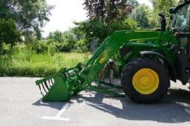 Pliegue los soportes de estacionamiento (1)