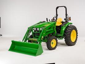 Puesto de mando diseñado para facilitar el acceso al tractor