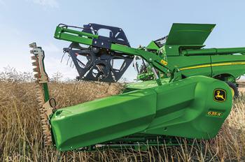 La série 700X est équipée d'un tablier de 710mm (28po) dont la longueur est ajustable, le plus long du marché.