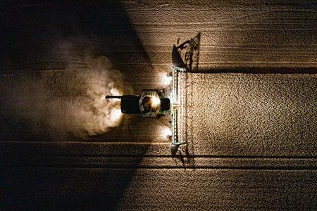 Utilisation intensive de l'éclairage à diode électroluminescente (LED) pour une excellente visibilité