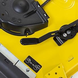 Levier d'équipementMulchControl™ (illustration sur unité de coupe48A)