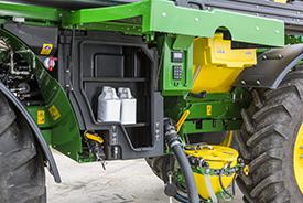 Des produits phytosanitaires supplémentaires peuvent être transportés en toute sécurité dans le compartiment de stockage