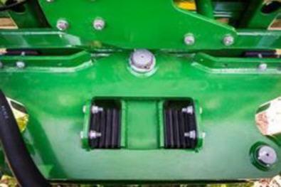 Système de suspension de la rampe doté d'amortisseurs en polyuréthane limitant le fouettement de la rampe et maximisant la précision de la pulvérisation