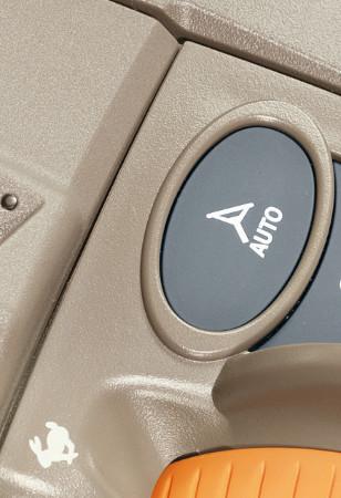 Touche de retour automatique AutoTrac™