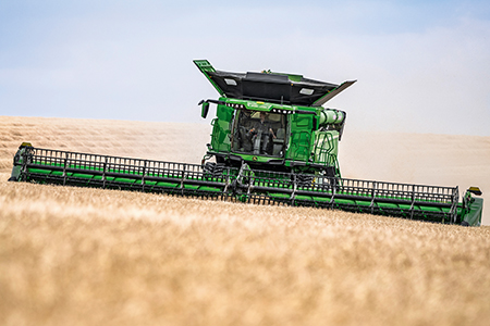 Low rpm helps X9 Combines deliver impressive fuel economy