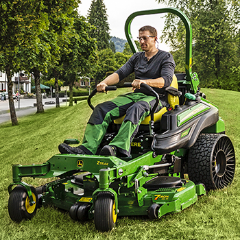 Z994R with fully-adjustable suspension seat option and 54-in. (137-cm) mower deck