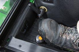Wet-disk brakes/differential lock