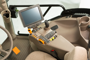 ComfortView™ cab with CommandARM