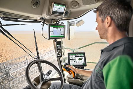 Menù intuitivi e barra con pulsanti di accesso rapido per una navigazione facile