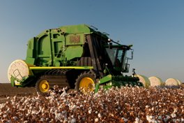 Simplify the module tagging process with John Deere Harvest Identification, Cotton