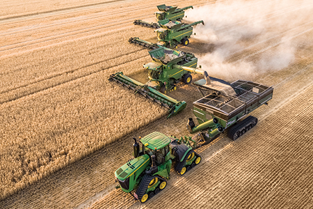 Controlled traffic farming reduces soil compaction