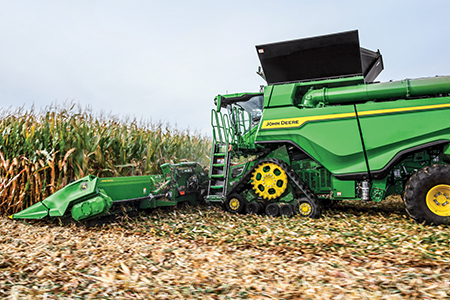 X Series harvesting high-moisture corn