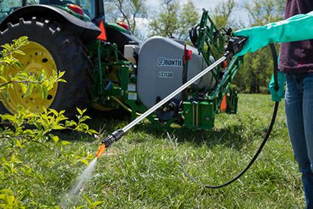 Spray wand as standard equipment
