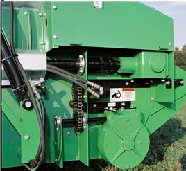 Hydraulic apron drive