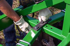 Adjustable disk gang angles for desired tillage