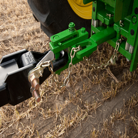 Clevis hitch makes hookup easy