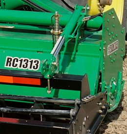 Easily adjusts to changing soil conditions