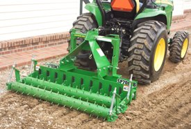 Frontier™ soil pulverizers are easy to hook up