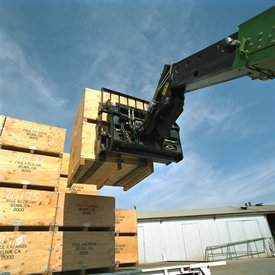 MJ4085 for telehandlers up to 2721.6 kg (6000 lb) of capacity