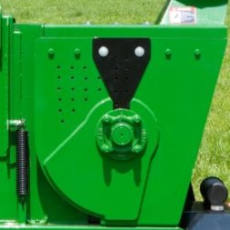 Drum-style rotor is great for large chipping jobs
