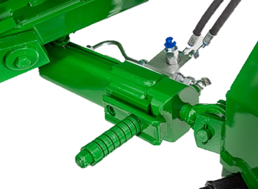 Optional rearward-swinging hydraulic cylinder