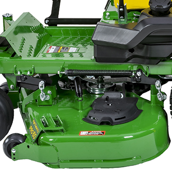 Easy-to-clean flat-top mower deck