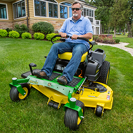54-in. (137-cm) high-capacity mower deck shown on a Z540R