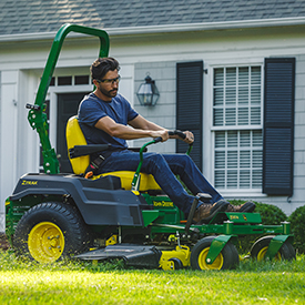 ZTrak™ Z530M with 54A Mower Deck