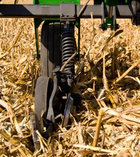Anhydrous application in corn stubble during fall