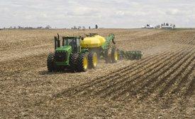 12-row Residue Master in corn stubble