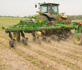 Sidedressing in soybean stubble