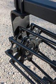 Maintenance-free bearing in rolling basket