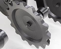 Serrated closing wheel