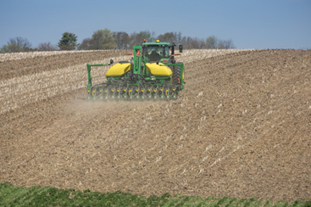 15-row 1745 Planter with CCS