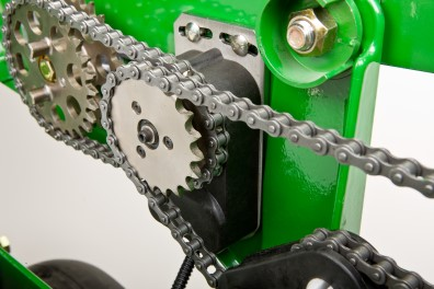 Chain drive with RowCommand clutch