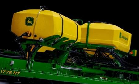 Liquid tank mounted on a 24-row 1775NT Planter