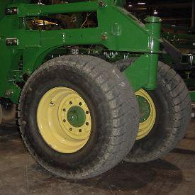 33x15.5-16.5 tire