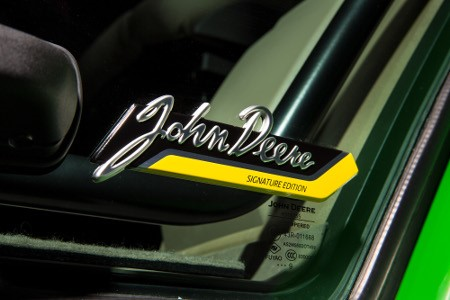 John Deere Signature Edition badge