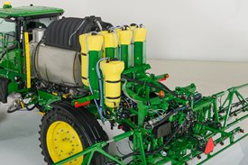 4 Series Sprayer with direct injection