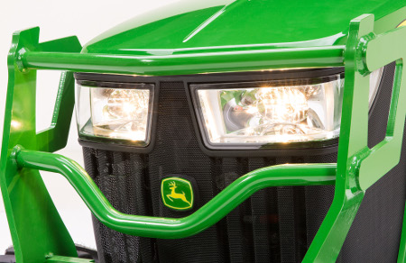 Wraparound-style wide-angle halogen headlights