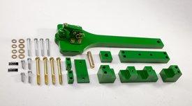Ball-type drawbar kit for 8R Series Tractors
